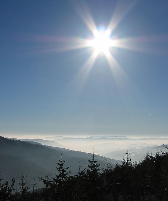 Nahoře svítilo slunce, dole beznadějný smog